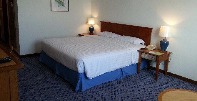 Standard room at the Diamond Plaza Hotel Surat Thani