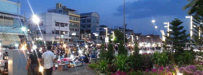Surat Thani Staurday Night Market