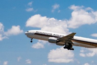 Singapore Airlines flies to Phuket International Airport